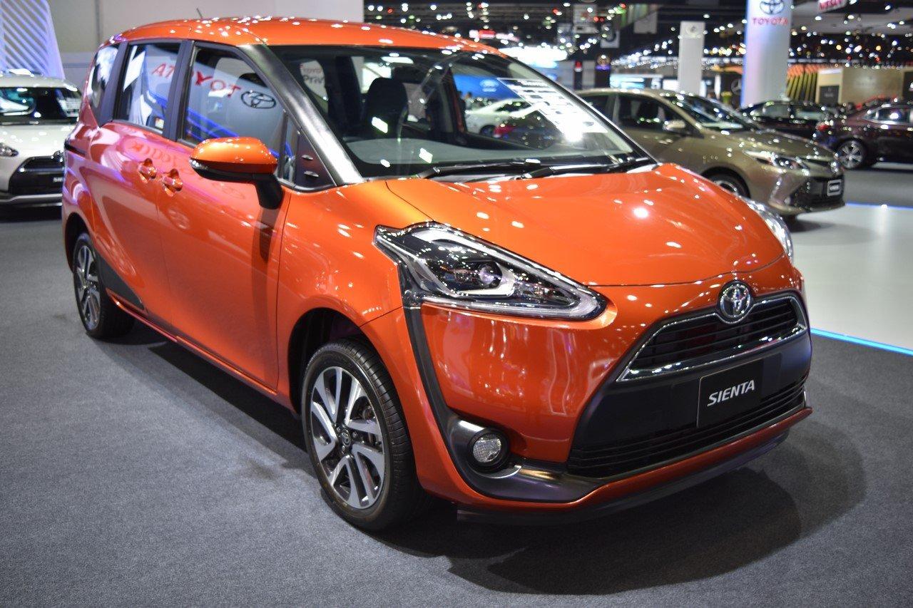 Обновлённый компактвэн Toyota Sienta стал доступнее
