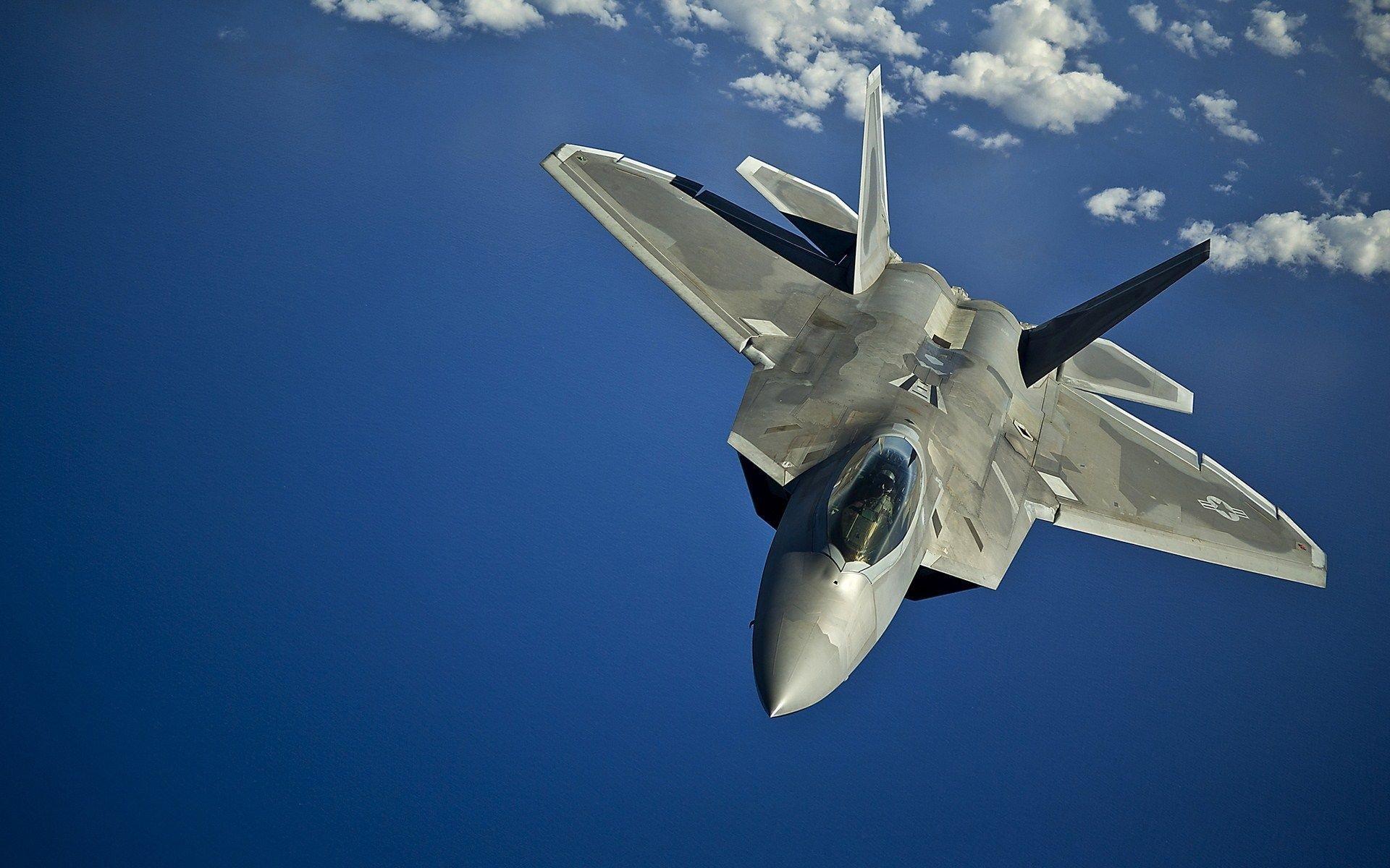 Business Insider поведал  опреимуществах Су-35 перед североамериканским  F-22