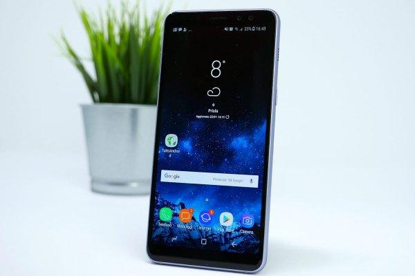 Samsung Galaxy S10 могут оборудовать выдвижной камерой