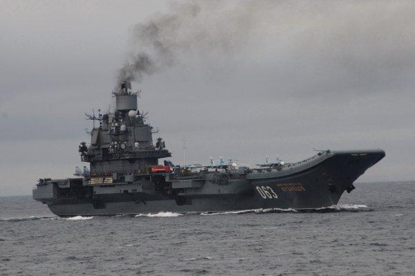 Российский авианосец «Адмирал Кузнецов» занял второе место в рейтинге худших на планете