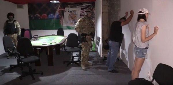 В Ростове игровой клуб рядом с гробами заинтересовал следователей