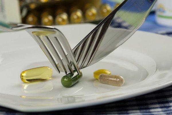 Эксперты: Сотни диетических добавок содержат запрещенные вещества