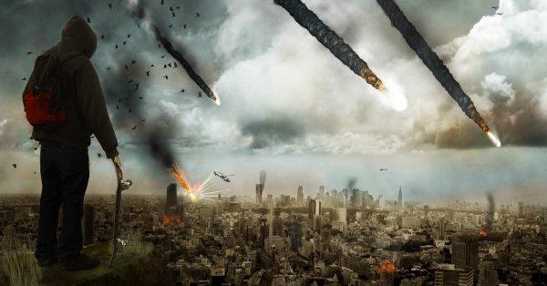 В Японии в результате падения осколков метеорита пострадало жилое здание