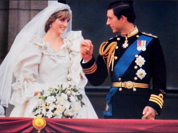 Биограф пролил свет на брак принца Чарльза с принцессой Дианой
