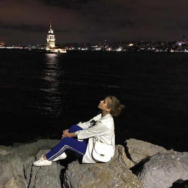 Свобода, а не одиночество: Барановская демонстративно наслаждается Стамбулом без любимого мужчины