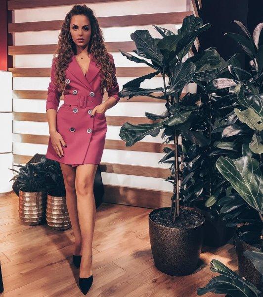 Ведущая шоу «Дом-2» Юлия Ефременкова приобрела жилье в Подмосковье