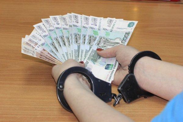 Красноярские чиновники присвоили себе деньги на подарки ветеранам