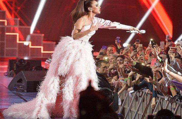 Маразм крепчал: Бузову выдвигают на «Евровидение – 2019» от России