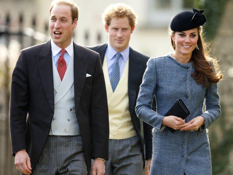 Кейт Миддлтон дала пощечину Меган Маркл: королевский дворец пояснил, что случилось