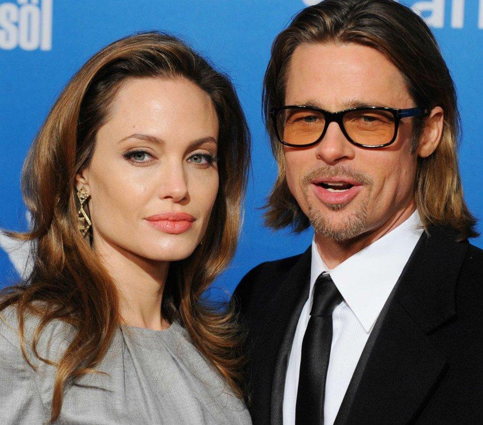 Анджелина Джоли сообщила сыну Паксу, что Питт нехотел его усыновлять