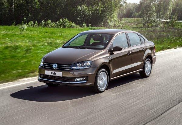 «Один из лучших бюджетных автомобилей»: Достоинства Volkswagen Polo назвал блогер