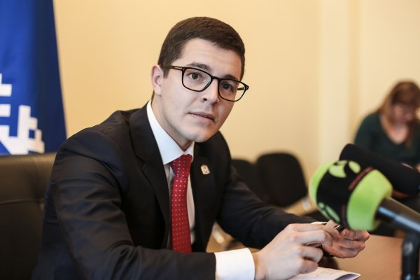 Губернатор ЯНАО Дмитрий Артюхов выступил с докладом о состоянии дел на Ямале