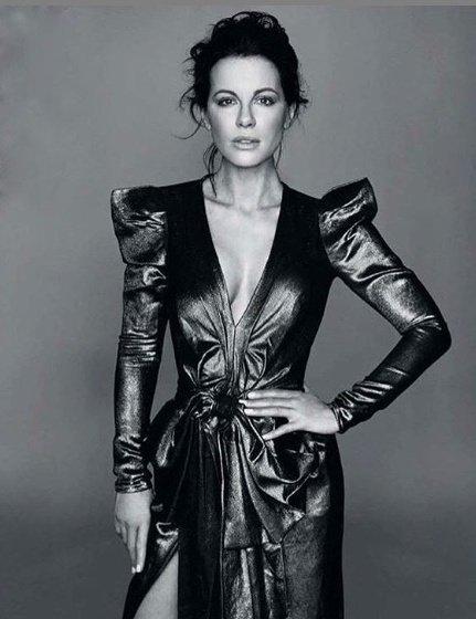 Актриса Кейт Бекинсейл оказалась в больнице из-за кисты