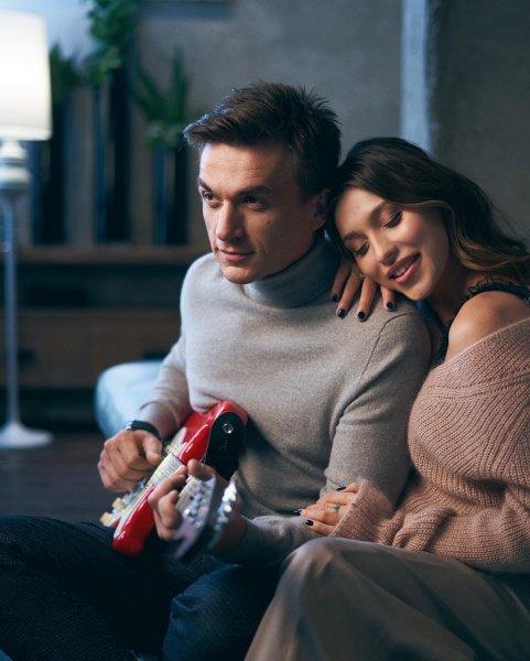 Влад Топалов рассказал свою историю любви с Региной Тодоренко