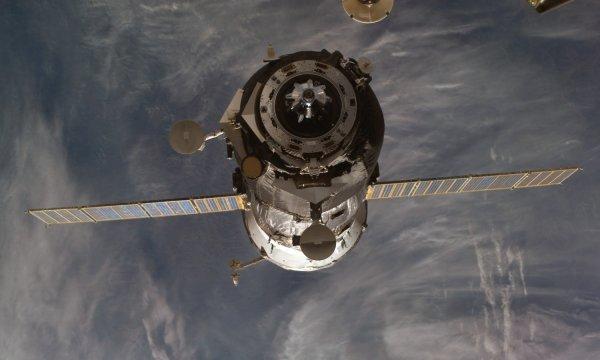 Падение российского военного спутника случайно засняли на видео