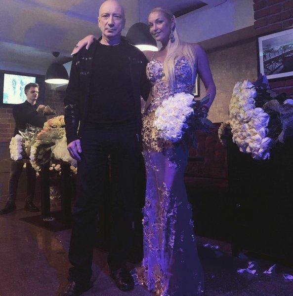 «В темнице сырой»: Мрачные фотографии Волочковой шокировали фанатов