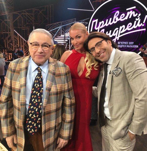 «Приглашают, чтоб поржать»: Подписчики выяснили феномен популярности Волочковой на ТВ