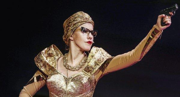 В семье бедлам, она по театрам: Собчак пристыдили за разгульный образ жизни