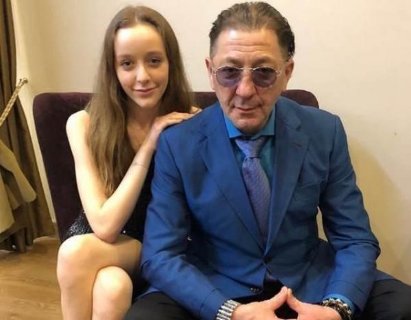 Григорий Лепс несобирается кормить будущего зятя