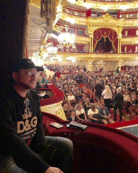 «Терпит ради Анны»: Киркоров увлекся оперной дивой Нетребко – Сеть