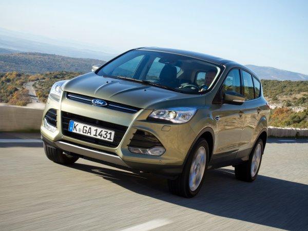 El costo real de cambiar el aceite en la caja de cambios Ford Kuga 2 en los concesionarios fue revelado por el experto: AvtoMedia: VladTime