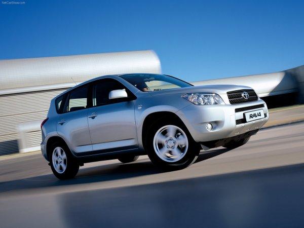 Qué necesita prestar atención al elegir un Toyota RAV4 con kilometraje: experto: Automedia: Vladtime