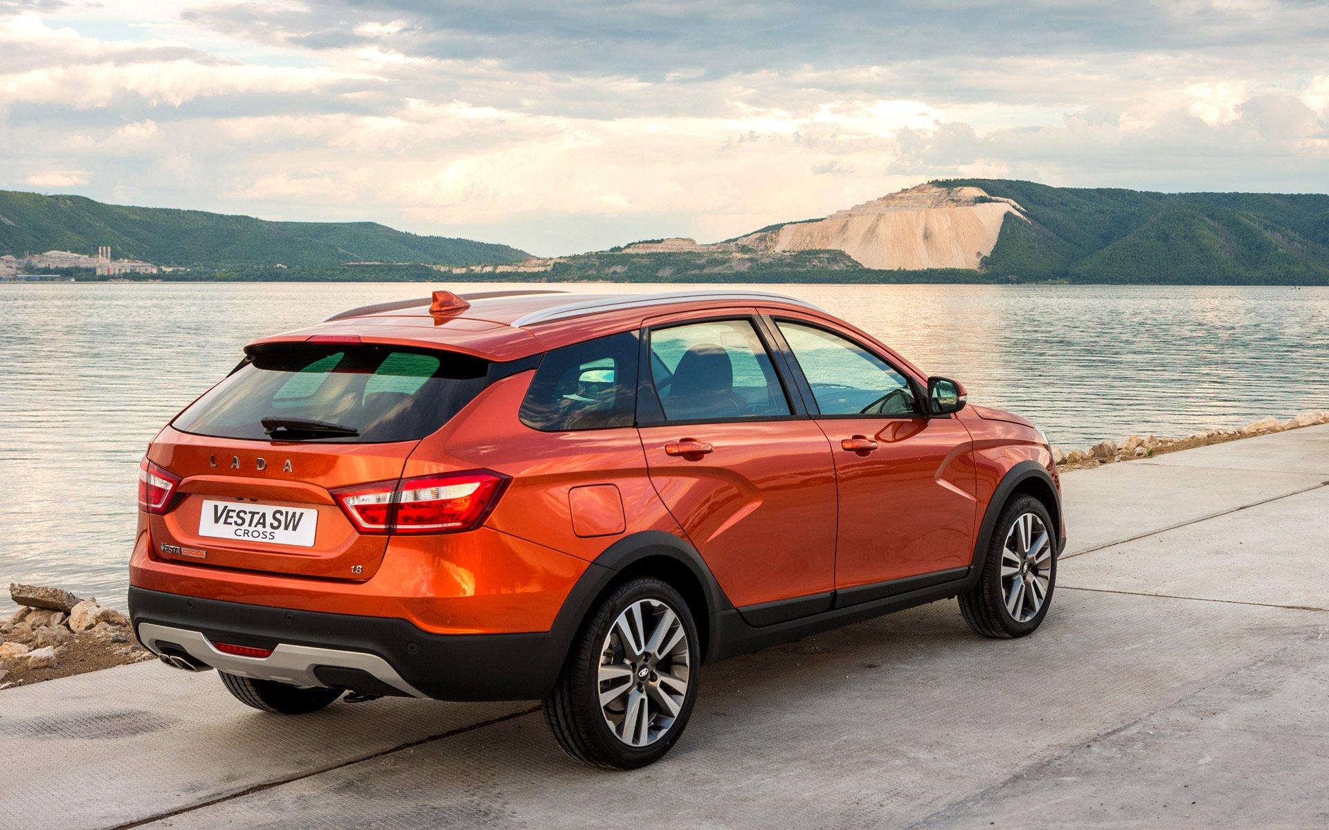 Лада Vesta Cross стала лучшим компактным автомобилем в РФ