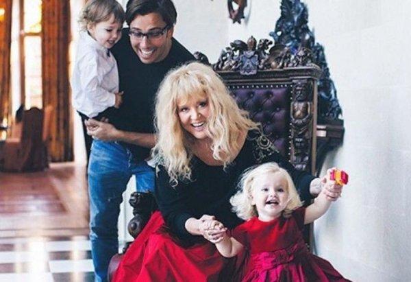 «Важнее всего семья»: Лиза Галкина рассказала о самом главном в жизни