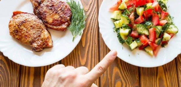 Диета без мяса способна укрепить иммунитет, но «угробить» здоровье - эксперты