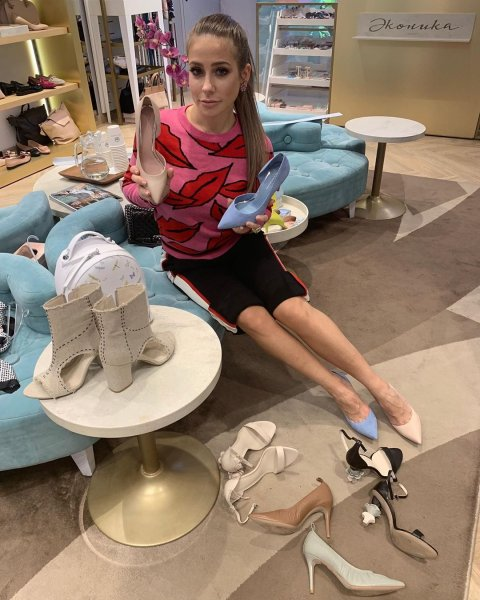 Наглая Барановская решила купить туфли «от Пугачевой»