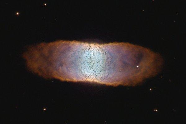 Астрономы обнаружили первую молекулу во Вселенной