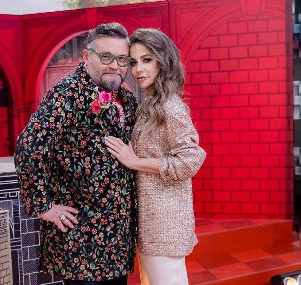 «Взгляд сердцееда»: Васильев из «Модного приговора» открыто охмуряет Барановскую