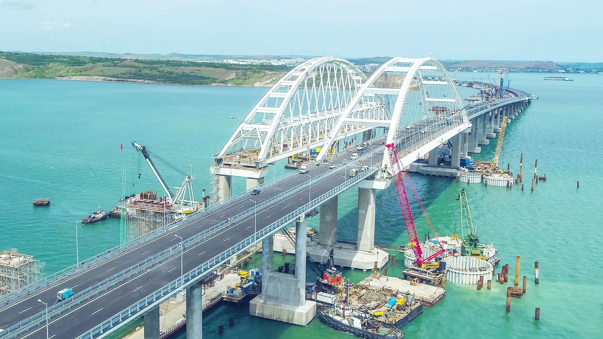 картинки крымского моста сегодня губы выглядят слишком