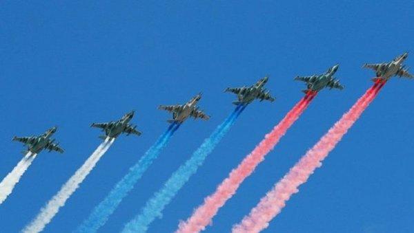 Облака плачут, самолёты не летят: воздушный Парад Победы под угрозой срыва?