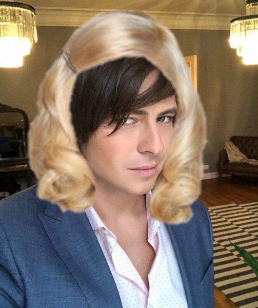 Мужик и вдруг женский парик! Цымбалюк-Романовская в шоке от новых увлечений Шаляпина