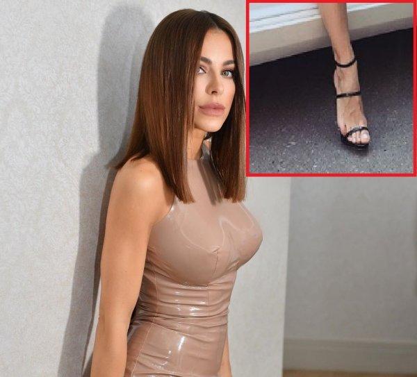 «Как у глубокой старушки!»: Фанаты ужаснулись вздутых вен на ногах Ани Лорак
