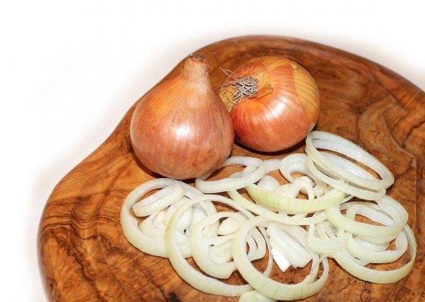 Лук – для потенции друг: овощ поможет справиться с проблемами в постели