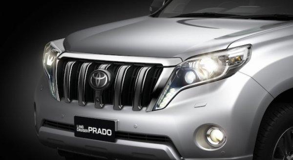 «Как корова на коньках»: «Прадоводы» раскритиковали новые «тапки» Toyota Land Cruiser Prado