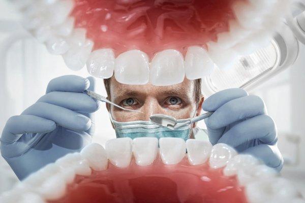 Врачи рассказали, какая проблема полости рта передается генетически