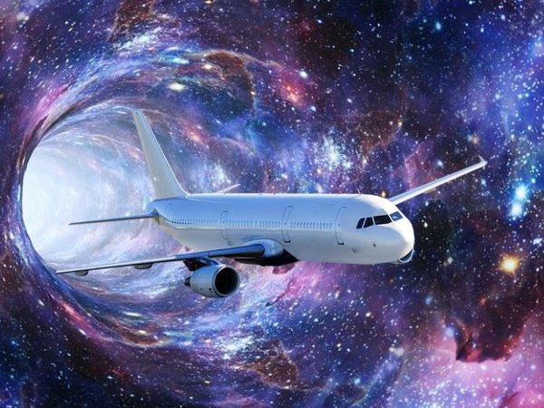 Пропал на минуту: Самолёт над Москвой совершил путешествие во времени