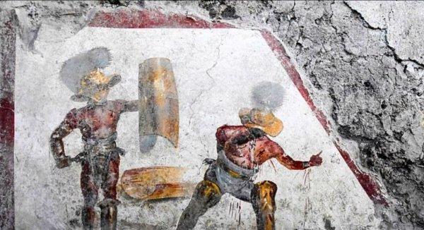 Археологи нашли фреску с изображением кровавого сражения гладиаторов I века