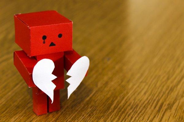 Знаки, от которых бежит любовь: Астролог назвал самые несчастливые Зодиаки