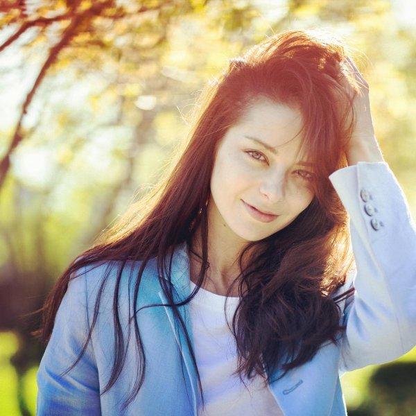 Сияет от счастья - Марина Александрова восхитила неземной красотой