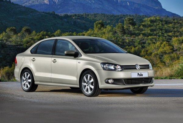 Volkswagen Polo Sedan против Skoda Rapid