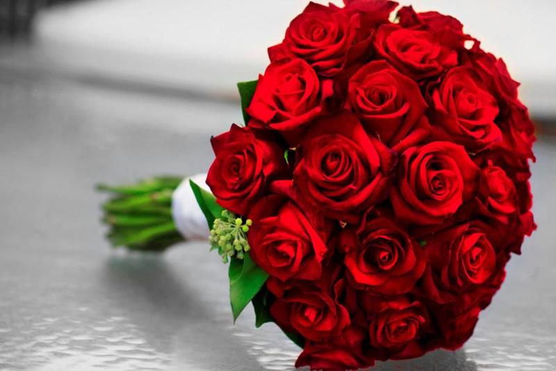 Свадебный букет из роз виды роз формы букета