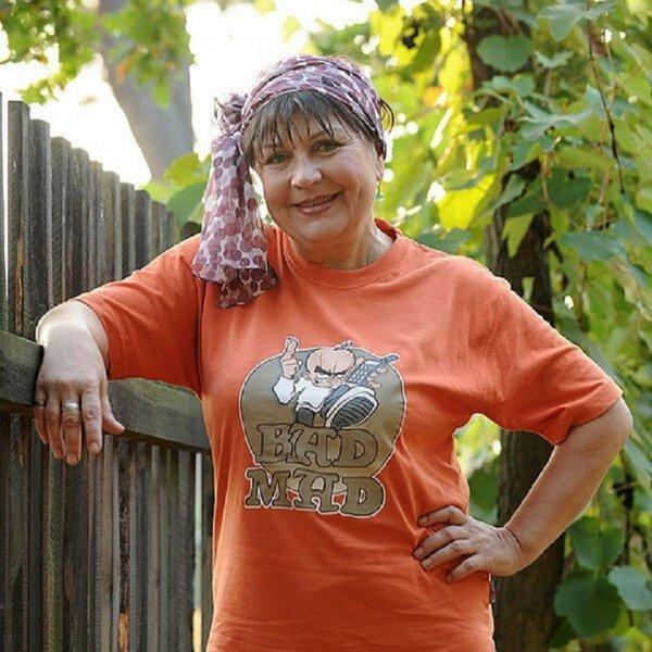 Стареет и «лысеет». Татьяна Кравченко тяжело переживает уход из «Сватов»