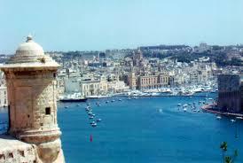 Кипр vs Мальта: почему инвестиционные программы гражданства так популярны среди знаменитых россиян