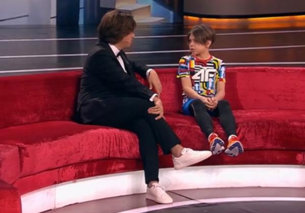 Чуть шею не сломал! Максим Галкин не позаботился о безопасности ребёнка на шоу «Лучше всех!»