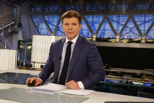 «Первый канал» пробил дно или как Николай Соболев высмеял некомпетентного ведущего «Новостей»?
