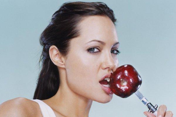 Хрустите на здоровье: Ученые выяснили, что звуки еды помогают похудеть